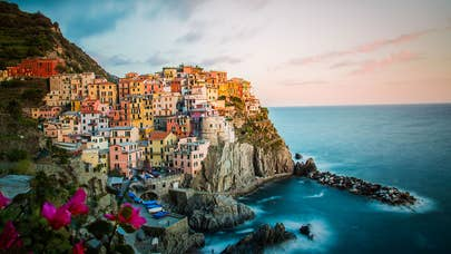 7 money moves to make before living abroad