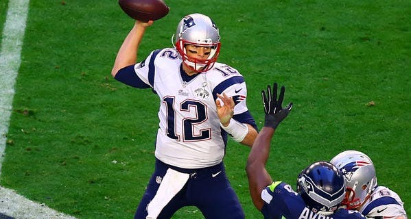 wealth-blog-tom-brady-during-second-quarter-super-bowl