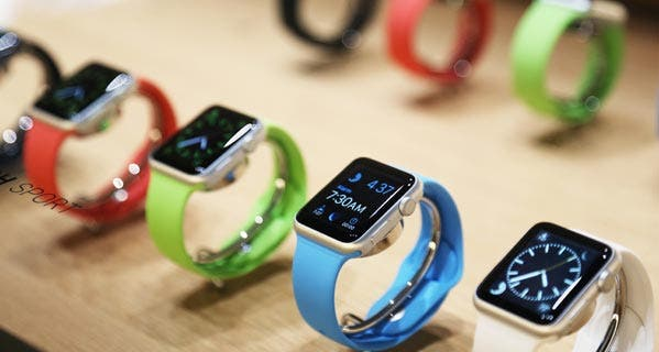 Take a week to decide if you want to buy the Apple Watch with this rental program. © ROBERT GALBRAITH/Reuters/Corbis