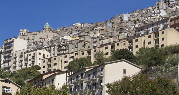 The Sicilian offer of a free or cheap home may be hard to refuse, but consider the potential drawbacks.