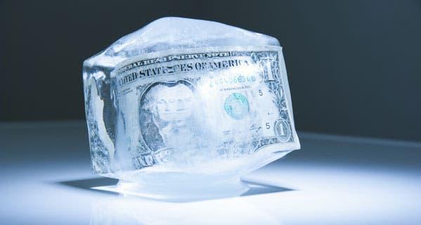 3 Credit Reporting Agencies >> Seniors should freeze credit reports