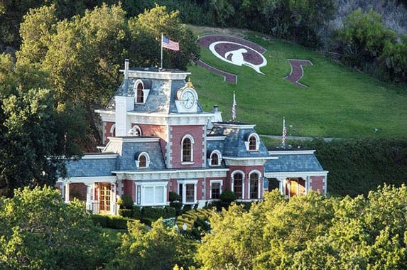 Celebrity house for sale michael jackson 39 s neverland for Michael jackson house for sale
