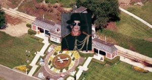 Michael Jackson's house for sale © Selwyn Tait/Sygma/Corbis; House: Realtor.com