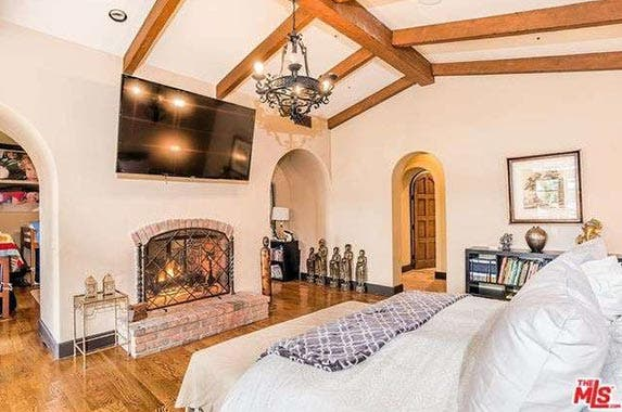 Charlie Sheen sells his LA home | Redfin