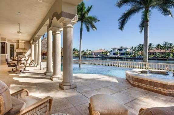 Larry Bird sinks price to unload his fab Florida home | Realtor.com