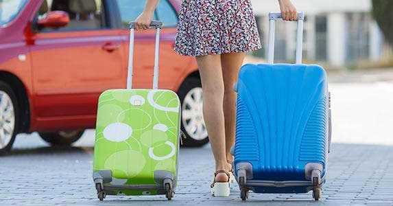 Avoid luggage © HTeam/Shutterstock.com