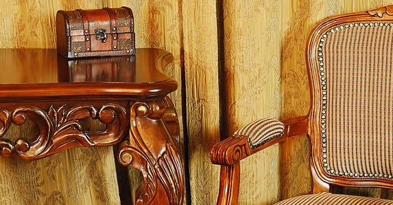 Antique furniture © Sergej Razvodovskij/Shutterstock.com