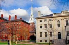 Harvard Square © Shutterstock.com