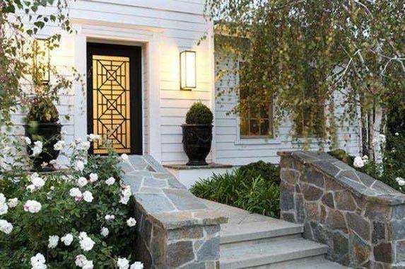 Kourtney Kardashian's Calabasas casa for sale   Realtor.com