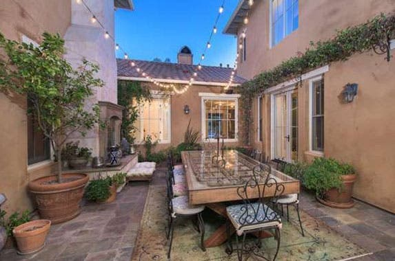 Celebrity house for sale selena gomez 39 s estate for House photos gallery