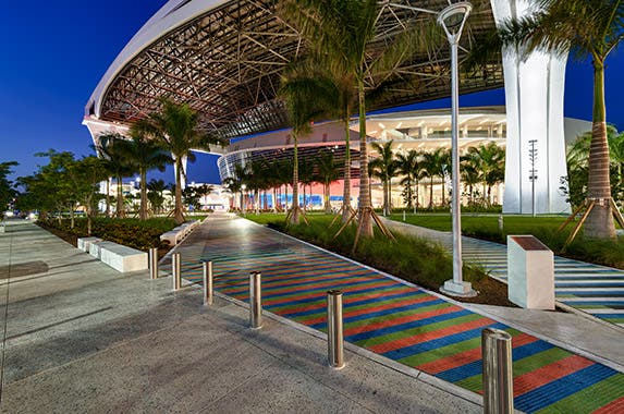 Marlins Park (Miami Marlins) © Daniel Korzeniewski/Shutterstock.com