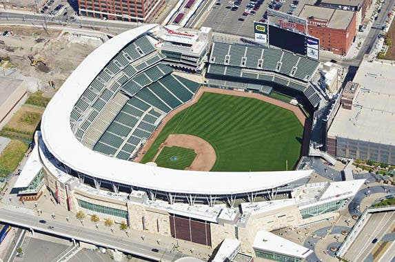 Target Field (Minnesota Twins) | iStock.com/ BanksPhotos
