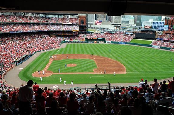 Busch Stadium (St. Louis Cardinals) © R. Gino Santa Maria/Shutterstock.com