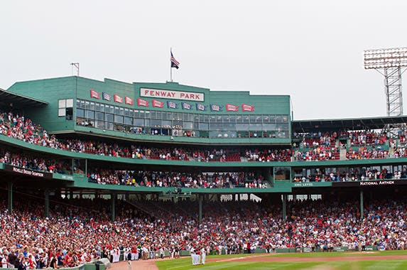 Fenway Park (Boston Red Sox) © Joyce Vincent/Shutterstock.com