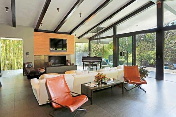 Living Room Realtor.com