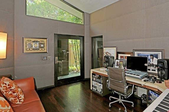 Studio Realtor.com