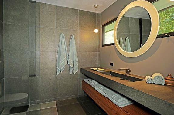 Bathroom Realtor.com