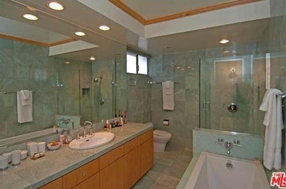 Bathroom Realtor.com