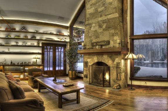 Bruce Willis' Idaho lodge is for sale | Realtor.com