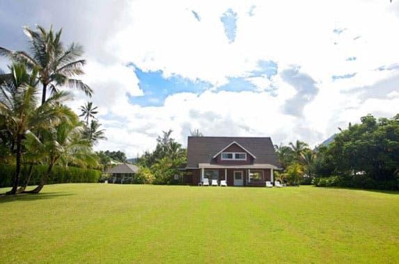 Julia Roberts sells home | Realtor.com