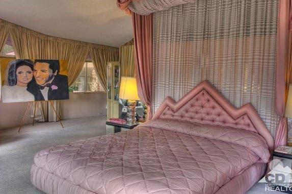 Elvis Presley's honeymoon house for sale | Realtor.com