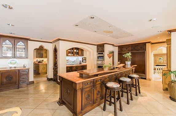 Kevin Costner's former home | Kevin Grahn, Partners Trust