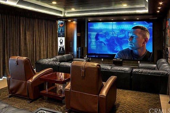 Jean-Claude Van Damme's mansion | Realtor.com