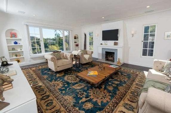 Kerry Washington sells LA home | Redfin