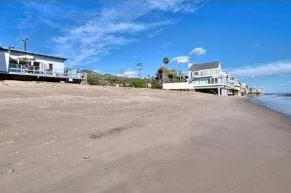 TV's Jan Brady selling Malibu home | Realtor.com