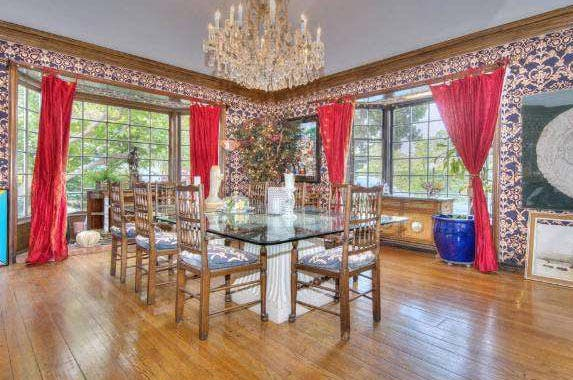 Connie Stevens sells LA mansion | Redfin