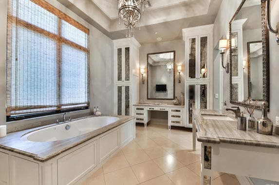 Britney Spears lists home for $9M | Redfin