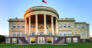 White House replica   Redfin