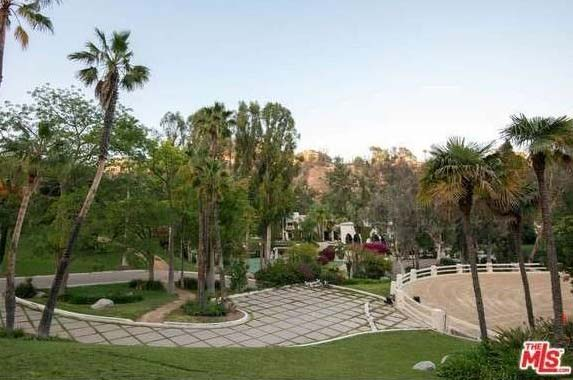 Cher's old home is for sale | Realtor.com