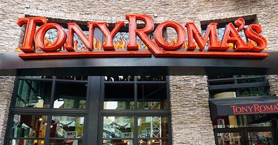 Tony Roma's © Ken Wolter/Shutterstock.com