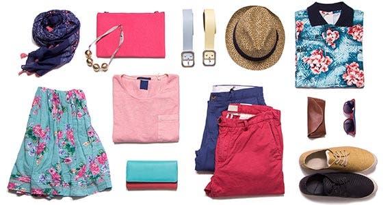 Summer clothes © Lucy Liu/Shutterstock.com