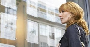 More single women are buying houses