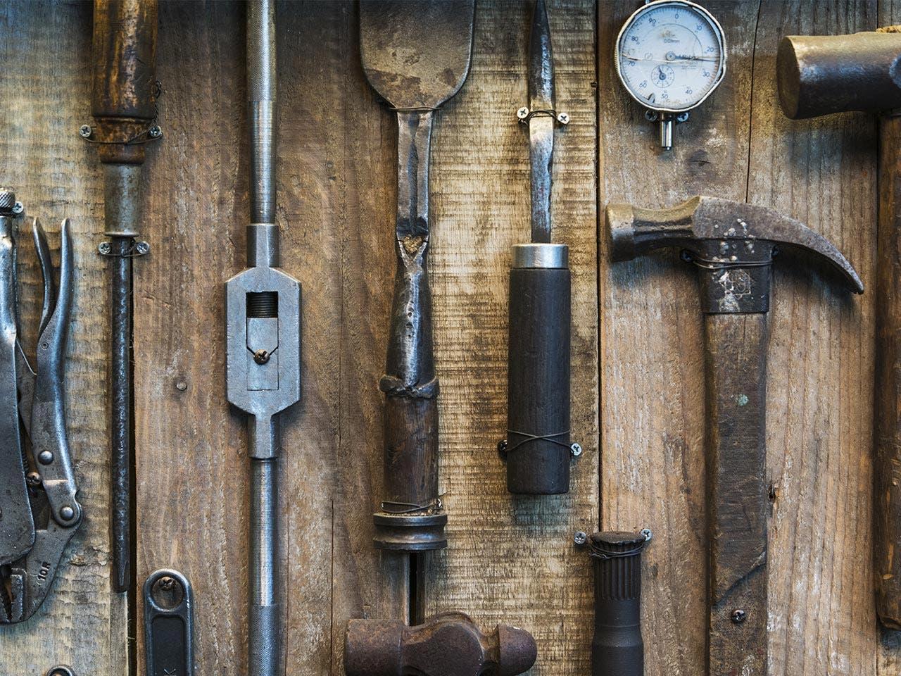 Tools | yoojiwhan/Shutterstock.com