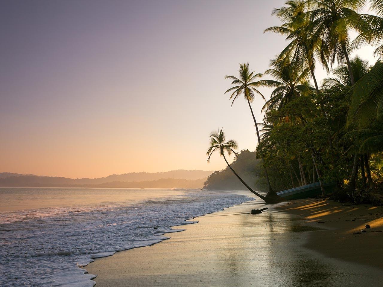 Costa Rica | Matteo Colombo/Shutterstock.com