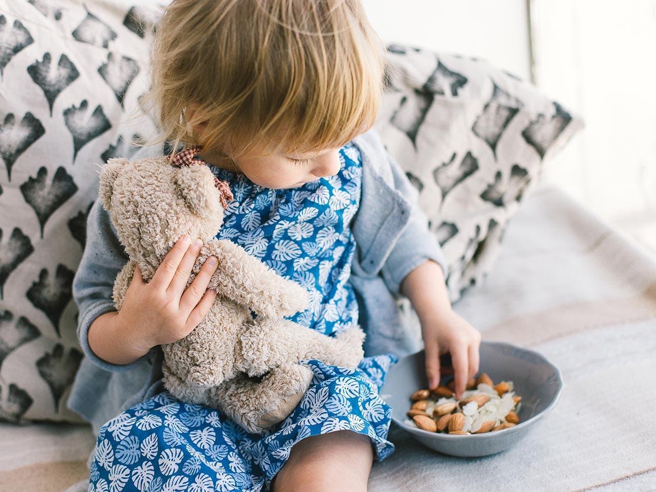 Eat nuts | Tetiana Iatsenko/Shutterstock.com