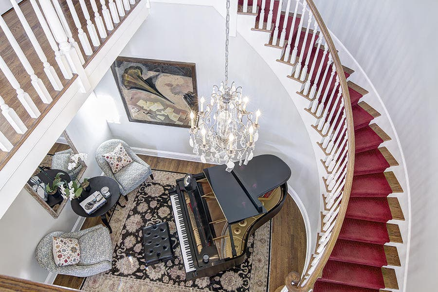 Staircase | Redfin