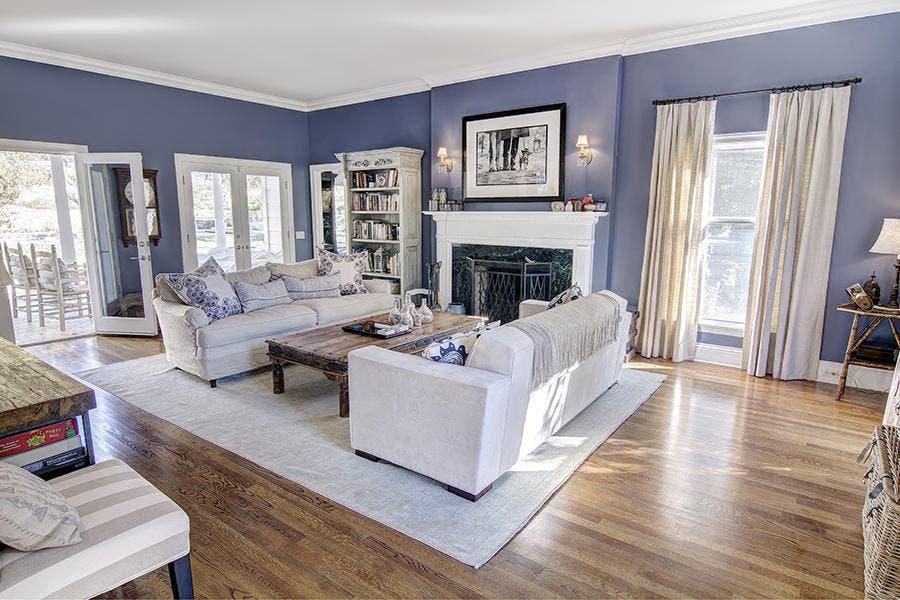 Living room | Redfin