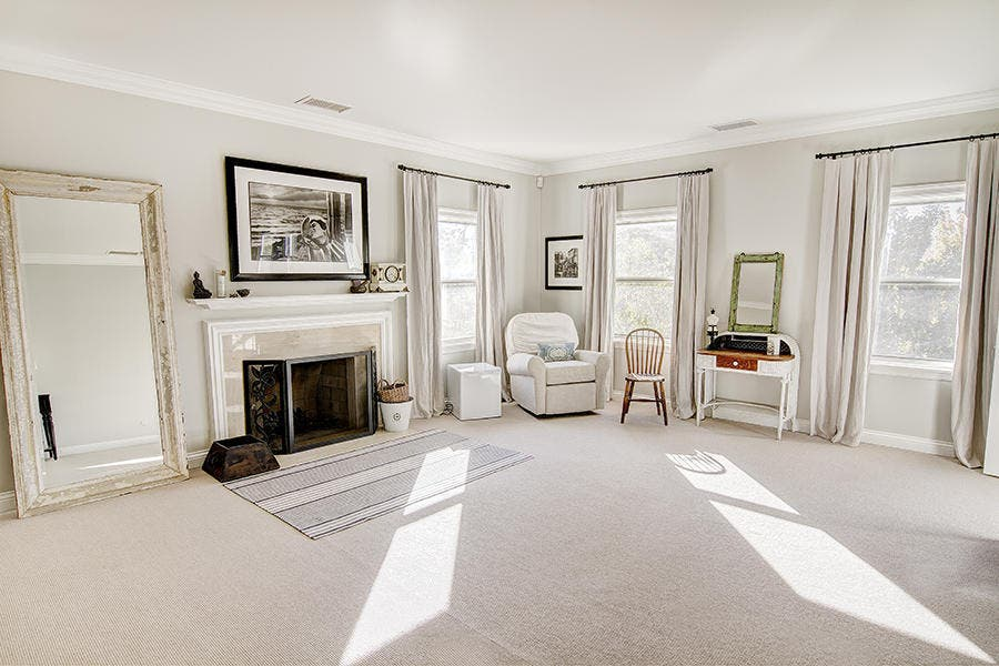 Living area | Redfin