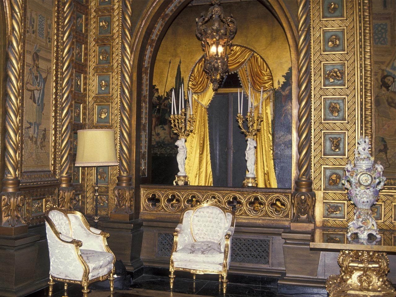 Gold gilded ceilings in Mar-a-Lago | Ron Galella, Ltd./Getty Images