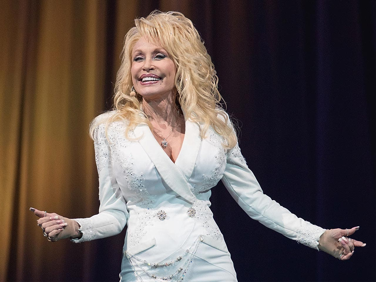 Dolly Parton: The 12 Richest Stars Of Country Music