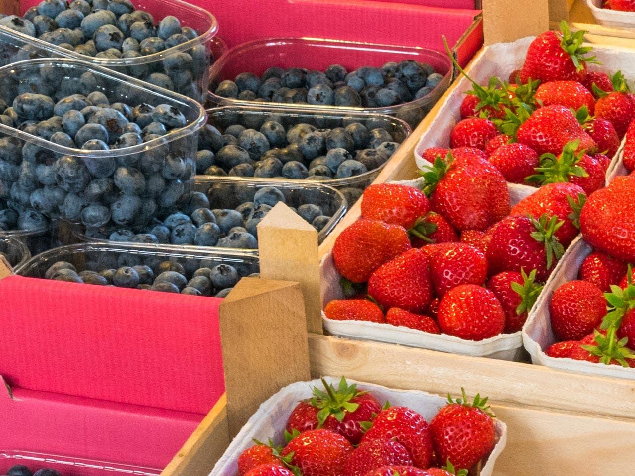 Berries | Bildagentur Zoonar GmbH/Shutterstock.com