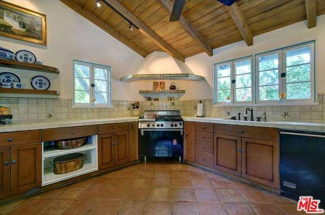 Cary Grant's house: Kitchen | Redfin