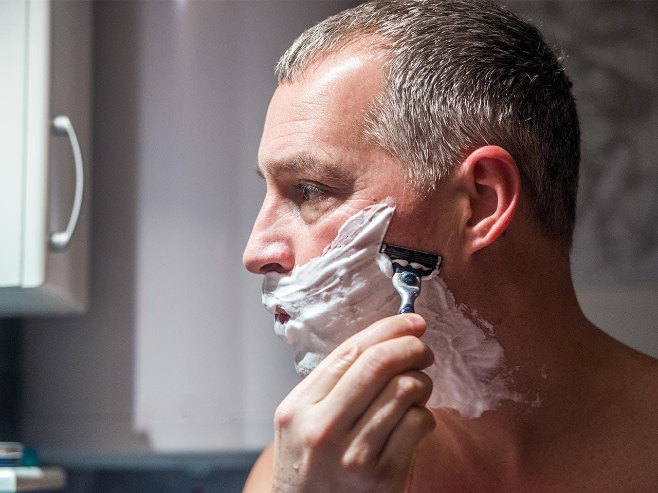 Grooming | Dragana Gordic/Shutterstock.com