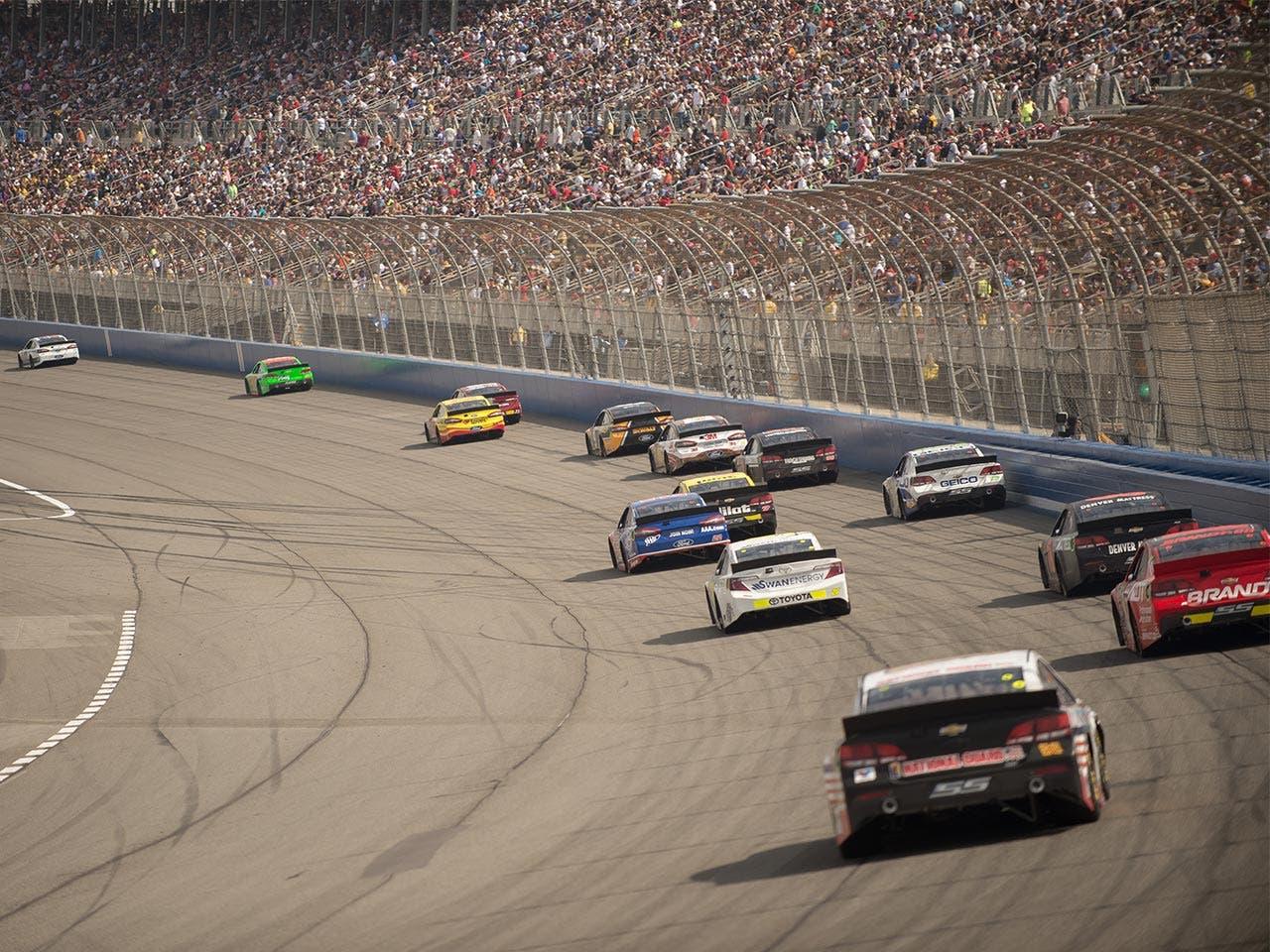 Wealthiest NASCAR stars | Daniel Huerlimann-BEELDE/Shutterstock.com