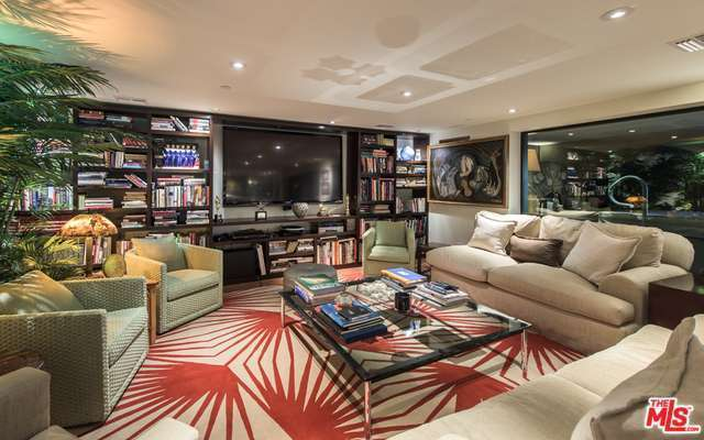 Entertainment area | Redfin