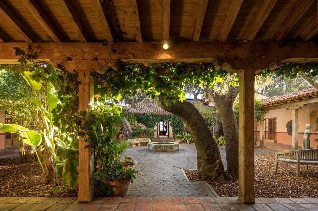 Courtyard | Realtor.com